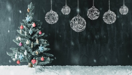 Christmas Tree Ball Sketch With Merry Christmas In Different Languages. Colorful Decorated Christmas Tree With Snow And Snowflakes And Copy Space Stock Photo