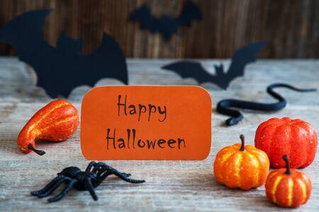 Orange Label, Text Happy Halloween, Scary Halloween Decoration Imagens - 130686897