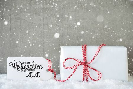 One Christmas Gift, Snow, Snowflakes, Cement, Glueckliches 2020 Mean Happy 2020 Banco de Imagens