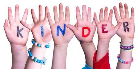 Enfants mains bâtiment mot Kinder signifie enfants, fond isolé