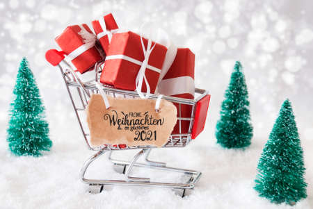 Shopping Cart, Snow, Christmas Gift, Glueckliches 2021 Means Happy 2021 版權商用圖片