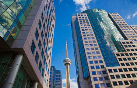 building cn tower: Toronto business district