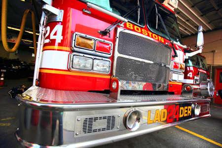 camión de bomberos listo para responder a la emergencia
