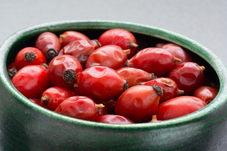 briar bush: Drying Wild rose hip fruit in green green cup