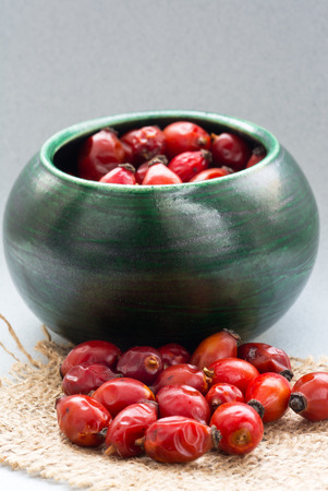 oxidation: Drying Wild rose hip fruit in green green cup