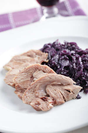 red braised: Fillet of goose with braised red cabbage