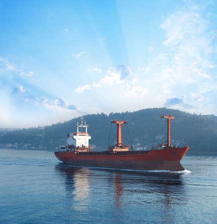 bosporus: Cargo ship in Bosporus passage
