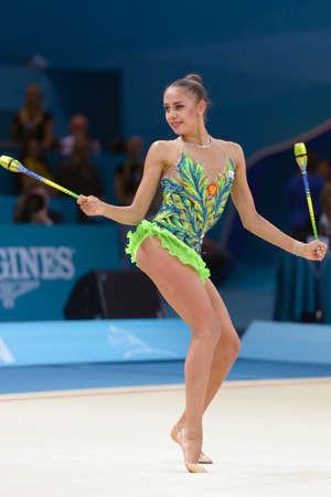 rhythmische sportgymnastik: Kiew, UKRAINE - 29. August 2013: Margarita Mamun Russlands in Aktion w�hrend der 32. Rhythmische Sportgymnastik-WM in Kiew, Ukraine am 29. August 2013