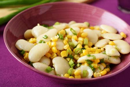 maiz: Ensalada de habas, ma�z y cebolla verde