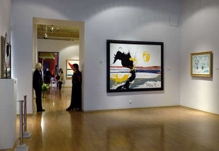 marble palace: St. Petersburg, Russia - June 10, 2015: Presentation of the exhibition of Antonio Meneghetti in the Marble Palace. The exposition includes more than 40 paintings created between 1995 and 2011 as well as unique artworks from Murano glass