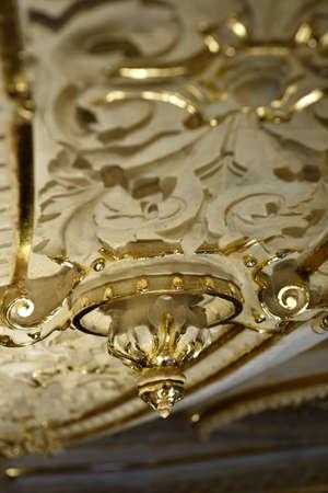 Russian palace: San Petersburgo, Rusia - 13 de agosto 2015: Fragmento de los interiores restaurados del Palacio de M�rmol. Construido en 1768-1785 por el dise�o de Antonio Rinaldi, ahora el palacio es el departamento del Museo Ruso