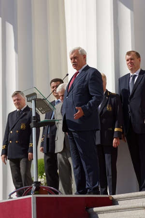 higher education: St. Petersburg, Russia - September 1, 2015: Speech of the Governor of St. Petersburg Georgy Poltavchenko at the meeting dedicated to the Day of Knowledge in the National Mineral Resources University. Its the oldest Russian higher education school devoted