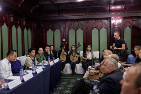 pipa: St. Petersburg, Russia - September 14, 2015: Press cocktail of the womens chamber orchestra Beauty and Melody of Sichuan province. The event is part of the Festival of Chinese music Editorial