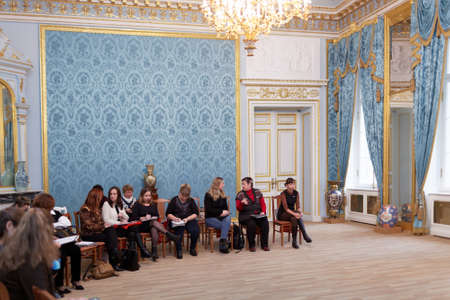 st german: St. Petersburg, Russia - November 21, 2015: Participants of the master class during the Day of German teachers in the Anichkov palace. The event is organized by the Goethe-Institut in Saint-Petersburg