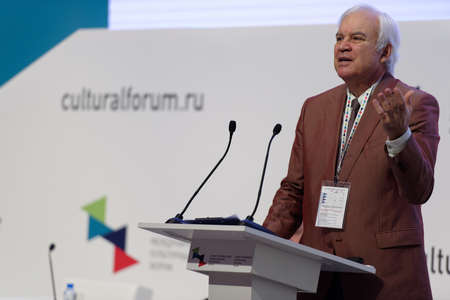 showman: St. Petersburg, Russia - December 14, 2015: Showman Vladimir Molchanov at the plenary meeting dedicated to 25 anniversary of including the Russian sites in UNESCO World Heritage list during 4th St. Petersburg International Cultural Forum