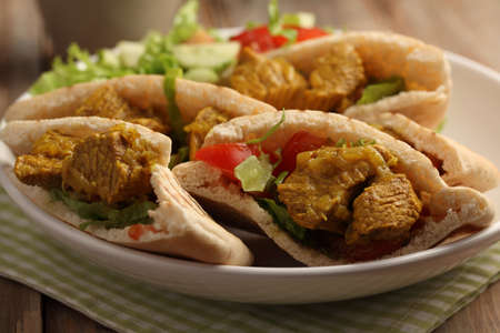 pita bread: Pita bread stuffed with beef meat and vegetables