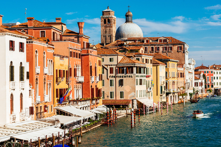 Church San Geremia and hotels on Grand Canal