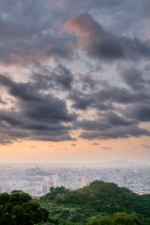 Cityscape of sunset with dramatic clouds on sky. Stock Photo - 6783972