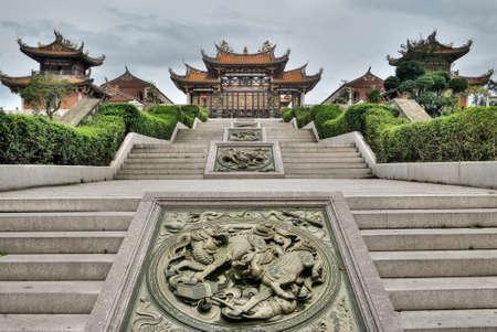 taoisme: Chinese traditionele tempel, boeddhisme, Taoïsme opbouw in Macau, China.