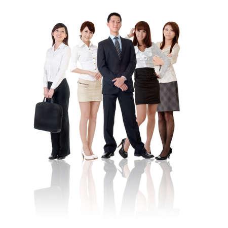 Equipo de negocios asiáticos, empresaria y empresario en pie de grupo y mirarte, aislado sobre fondo blanco. Foto de archivo - 9113934