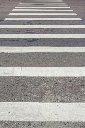 paso de peatones: Cebra paso de peatones, el tráfico de camino a pie para la gente. La posición vertical