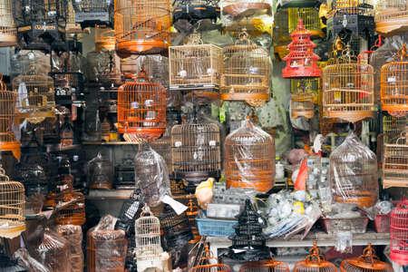 Birdcages, shot at famous bird street in Hong Kong, Asia. 免版税图像