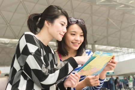 asia women: Asian woman with her friend traveling abroad