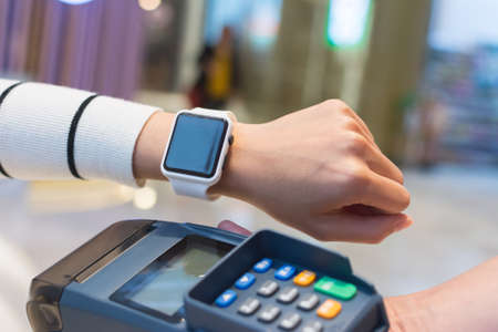 nfc: Customer pay by smart watch by NFC