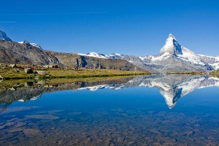 Masowej turystyki na Matterhorn Zdjęcie Seryjne
