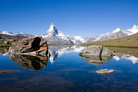 pyramid peak: Matterhorn with Stelisee