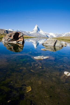 The Stelisee with the Matterhorn