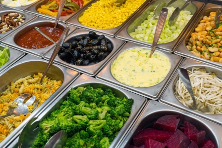 Detail of a beautiful salad buffet with a rich choice Imagens - 21684734