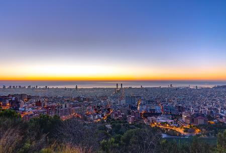 Barcelona panorama before sunrise Imagens - 36647607