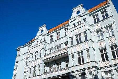 refurbishment: Old apartment house in Berlin