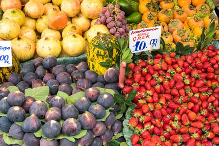 edibles: Exotic fruits for sale at a market in Istanbul