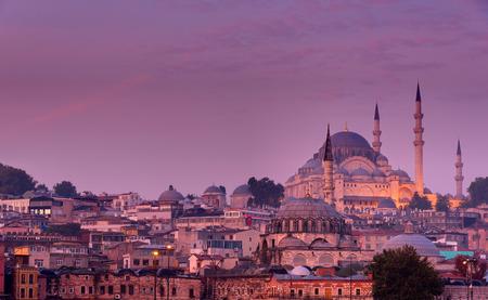 suleyman: Istanbul before sunrise with the Suleymaniye Mosque