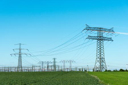 중계국 및 전송 장치 스톡 콘텐츠