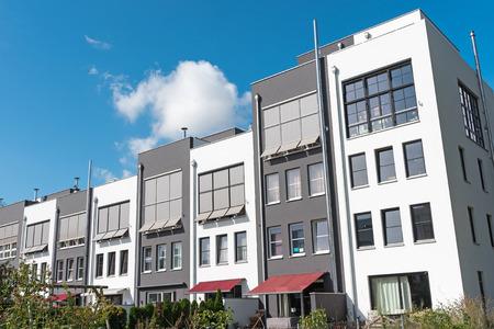 Nieuwe seriële huizen gezien in Berlijn, Duitsland