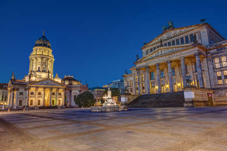 The Gendarmenmarkt square in Berlin at dawn with no people Imagens