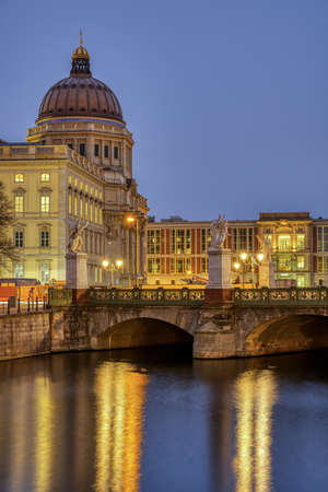 The reconstructed Berlin City Palace at dusk Imagens
