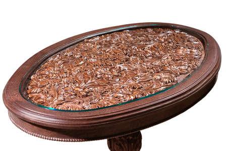 trabajo manual: mesa tallada de trabajo hecho a mano