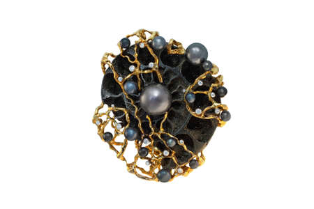 coulomb: golden brooch with pearls and diamonds