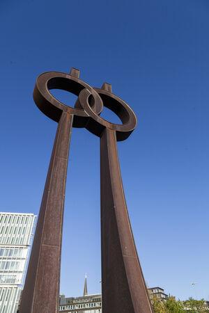 metal sculpture: Scultura di metallo arrugginito in Amburgo, Germania Archivio Fotografico