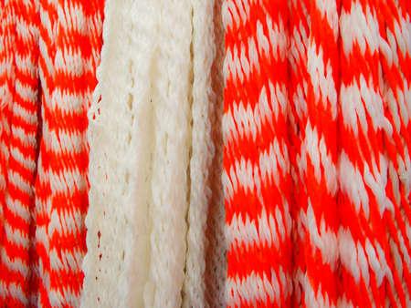 Red White striscia di tessuto di lana nel mercato messicano Archivio Fotografico - 12515537