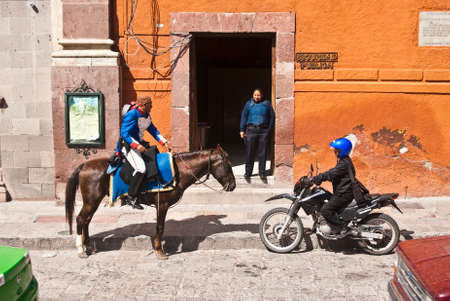 SAN MIGUEL DE ALLENDE, GUANAJUATOMEXICO – FEBRUARY 15: Mounted police wear traditional uniform in historic town famous for culture and the arts shown on February 15, 2010 in San Miguel de Allende