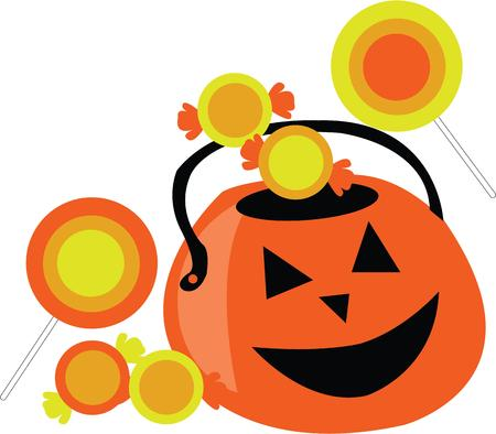 Use this fun jack-o-lantern for a festive Halloween bag.