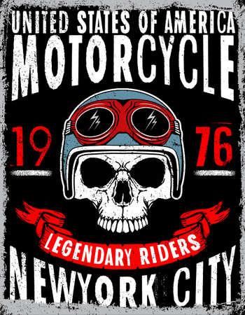 Camiseta del cráneo de la motocicleta de diseño gráfico Foto de archivo - 77342252