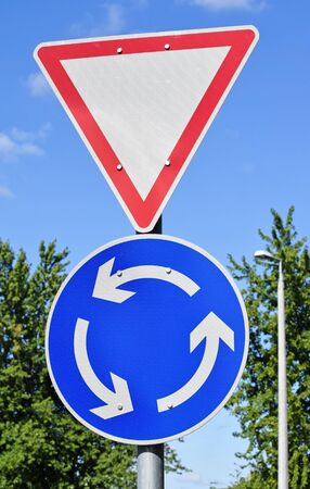roundabout: Yield and roundabout traffic signs