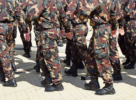 brogue: Soldiers in camouflage clothing