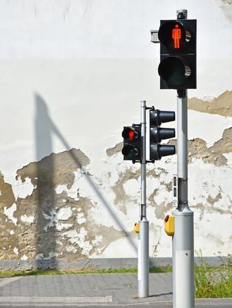 pedestrian crossing: Traffic light at the pedestrian crossing